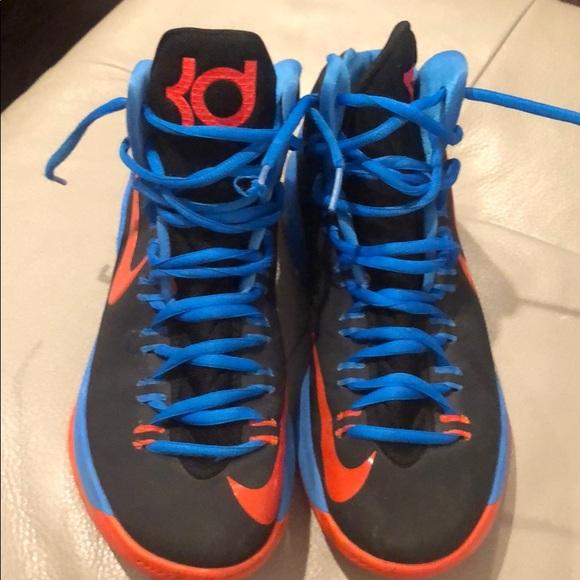 best sneakers 2c052 59503 Nike KD V5 thunder away Kevin Durant size 8.5 Men.  M 5c4d195c2e14780529325747